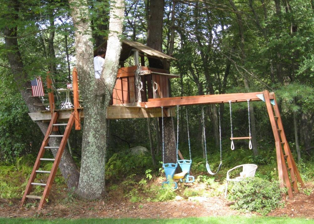 Close Tree House Section Roof Deck Added