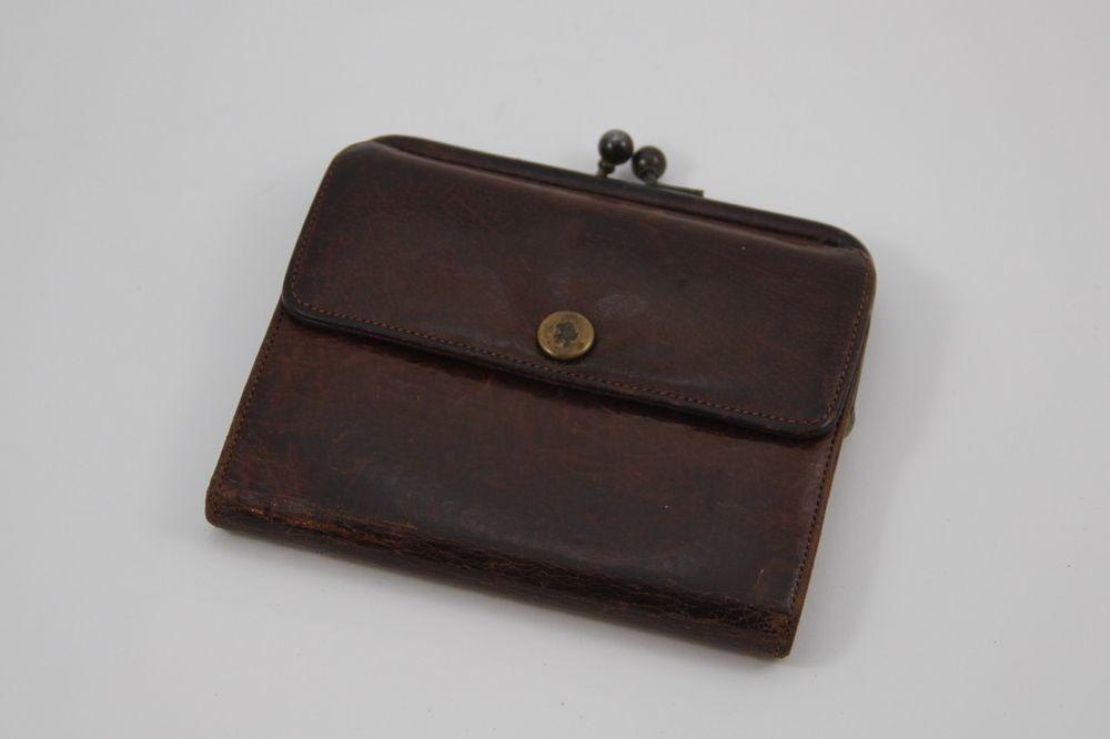 Coach Vintage Brown Leather Trifold Wallet Kisslock Coin