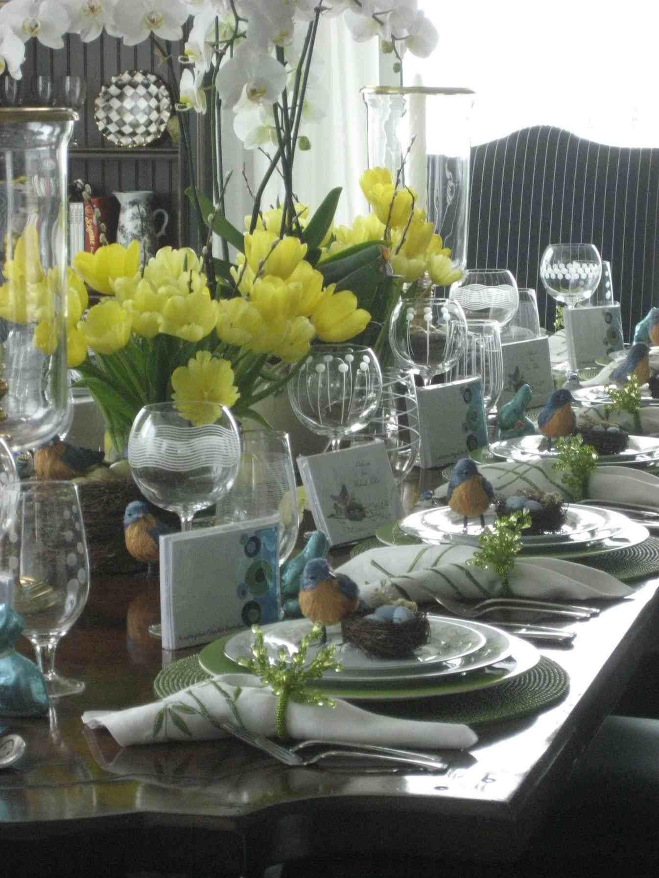 Collection Scape Easter Table Decorations