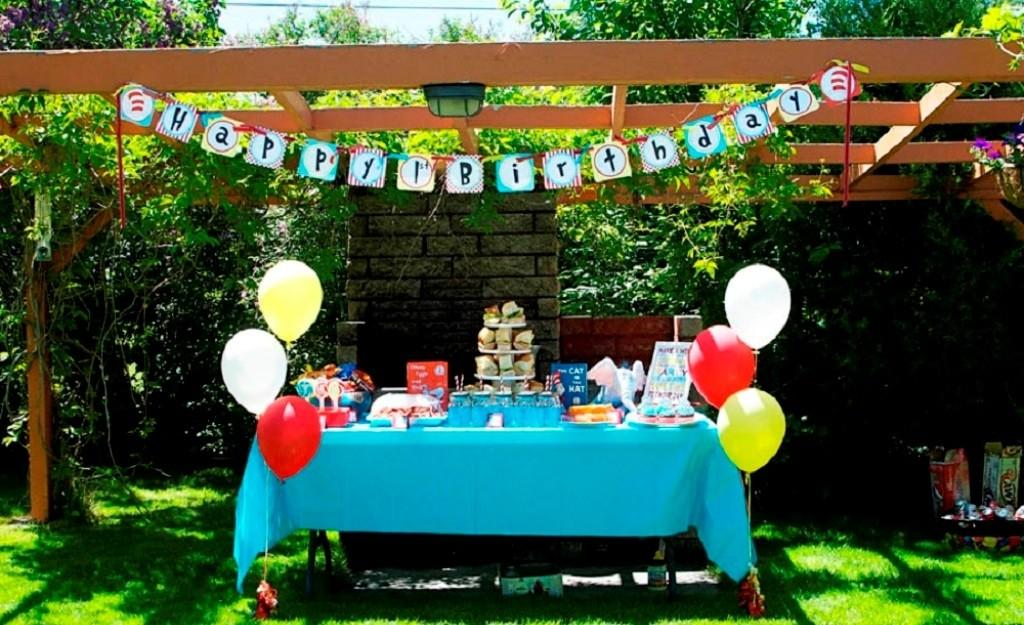 Colorful Balloons Teal Table Top Summer