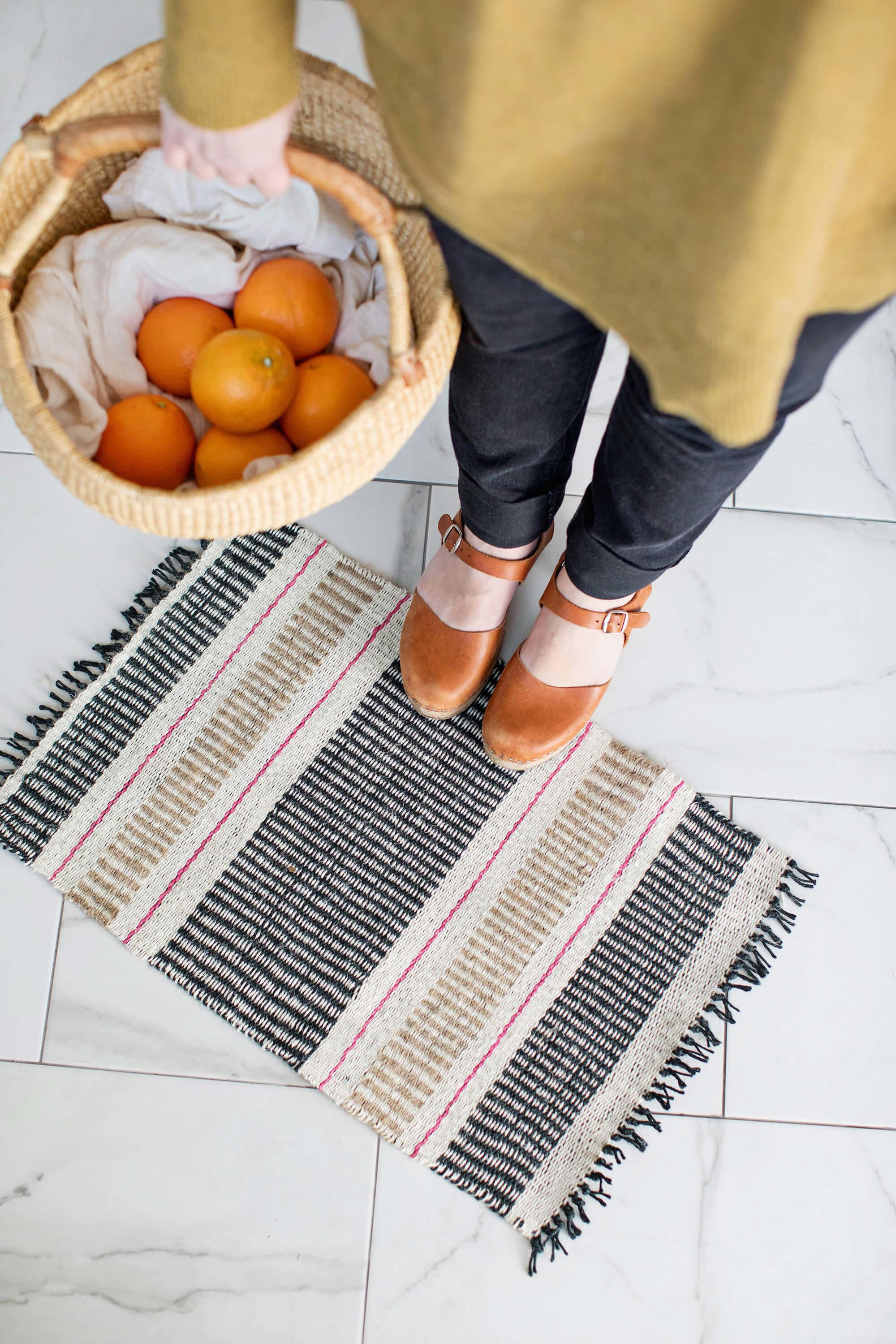 Colorful Diy Woven Pieces Home Decor Shelterness