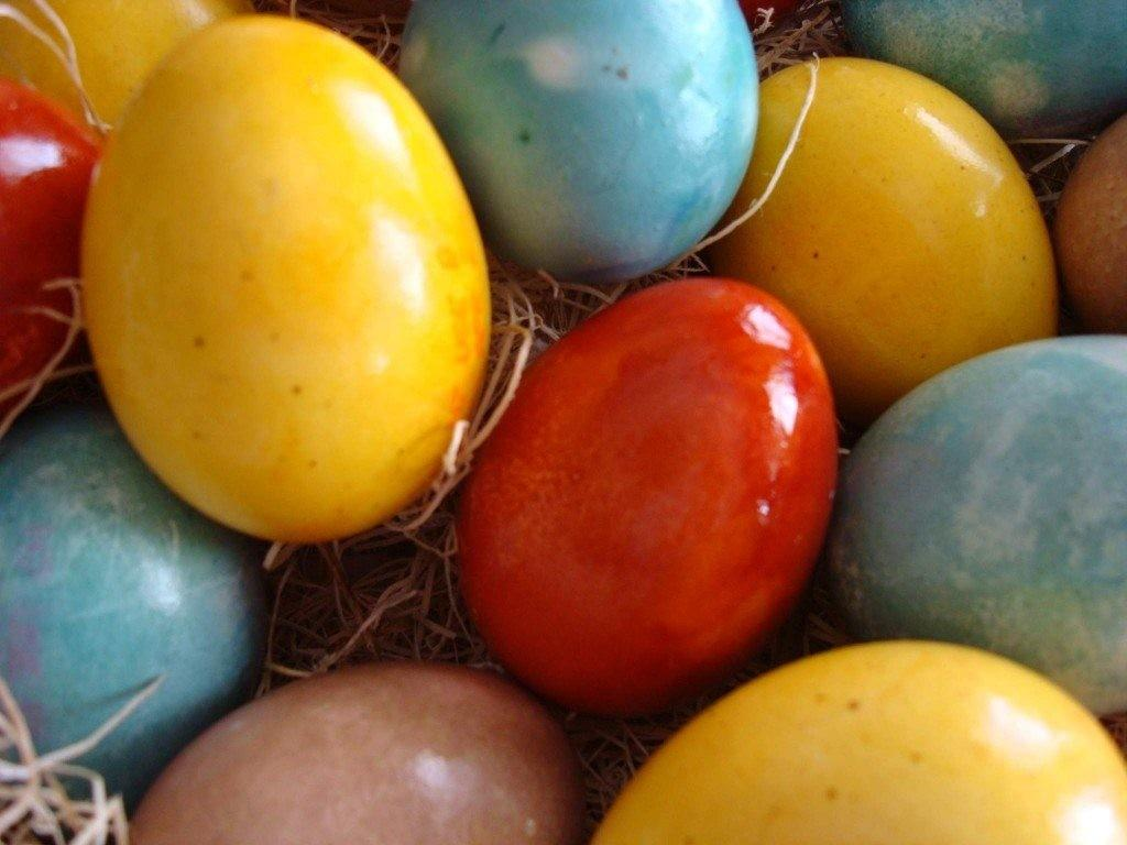 Coloring Easter Eggs Naturally Blissfully Domestic