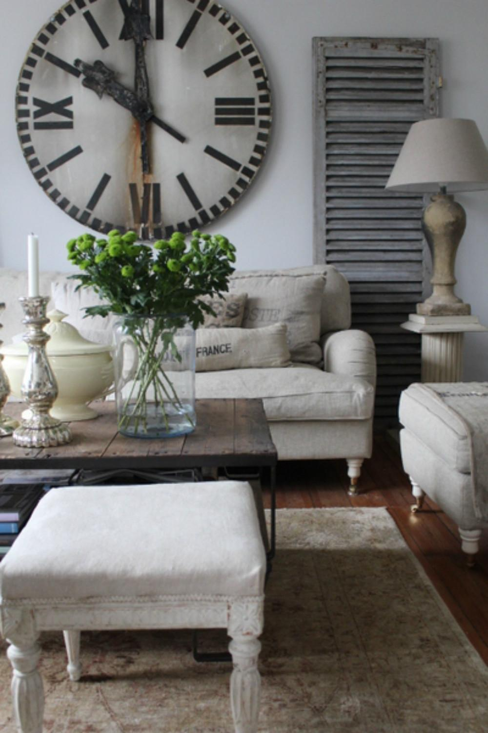 Comfortable Padded Sofa Installed Traditional Sitting