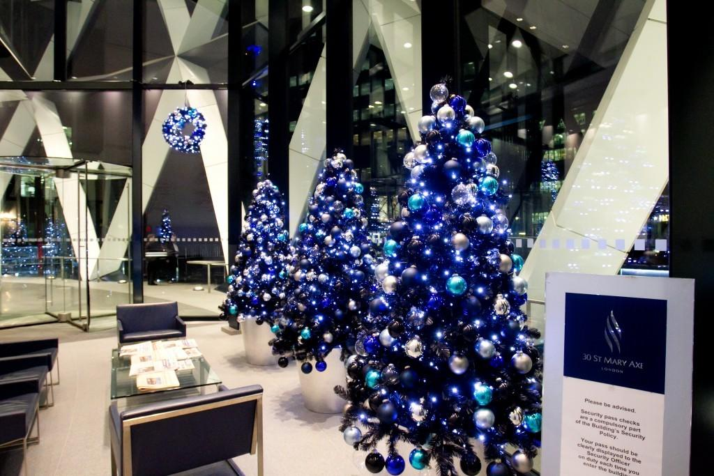 Commercial Christmas Decorations Letter Recommendation