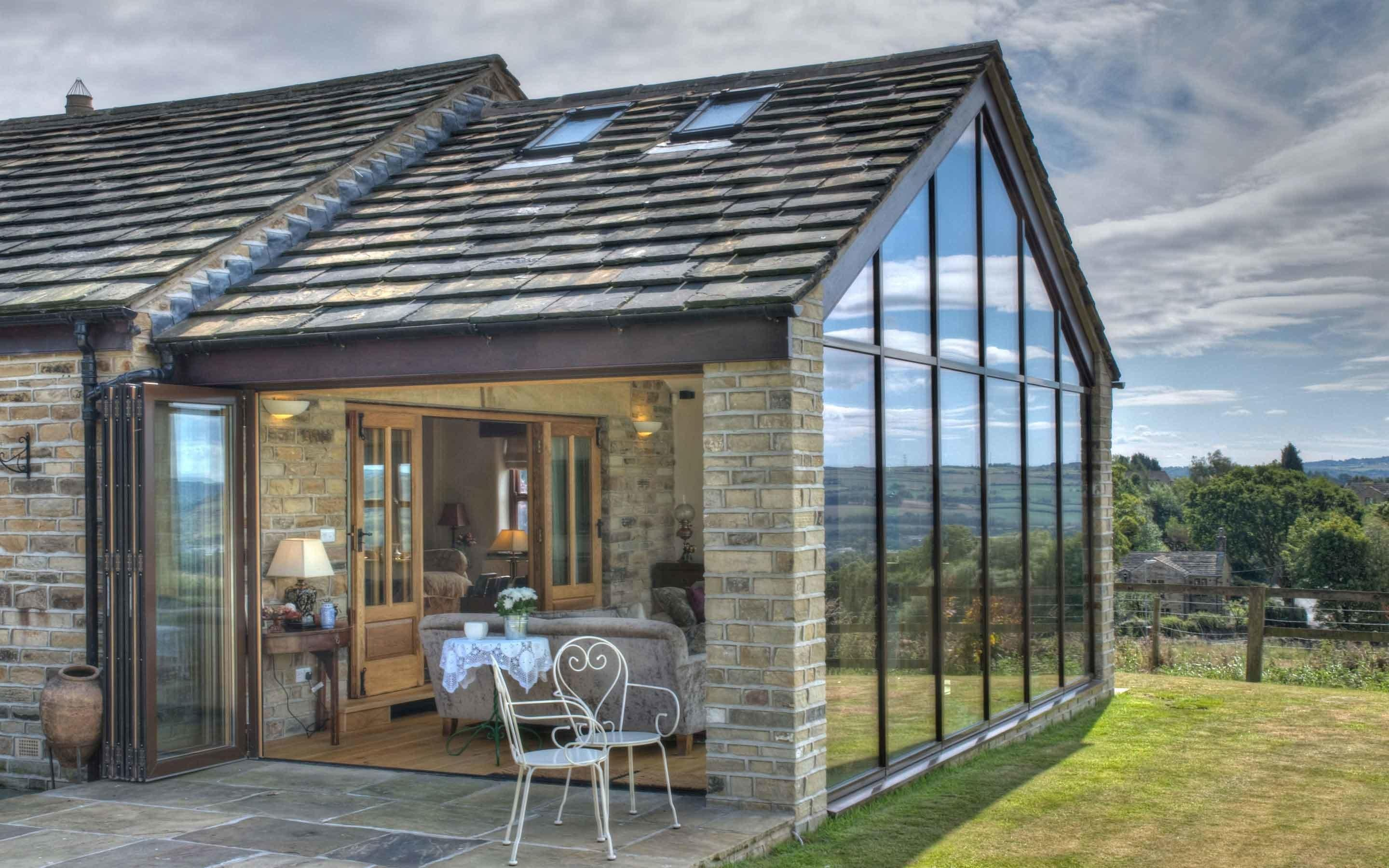 Contemporary Barn Extension