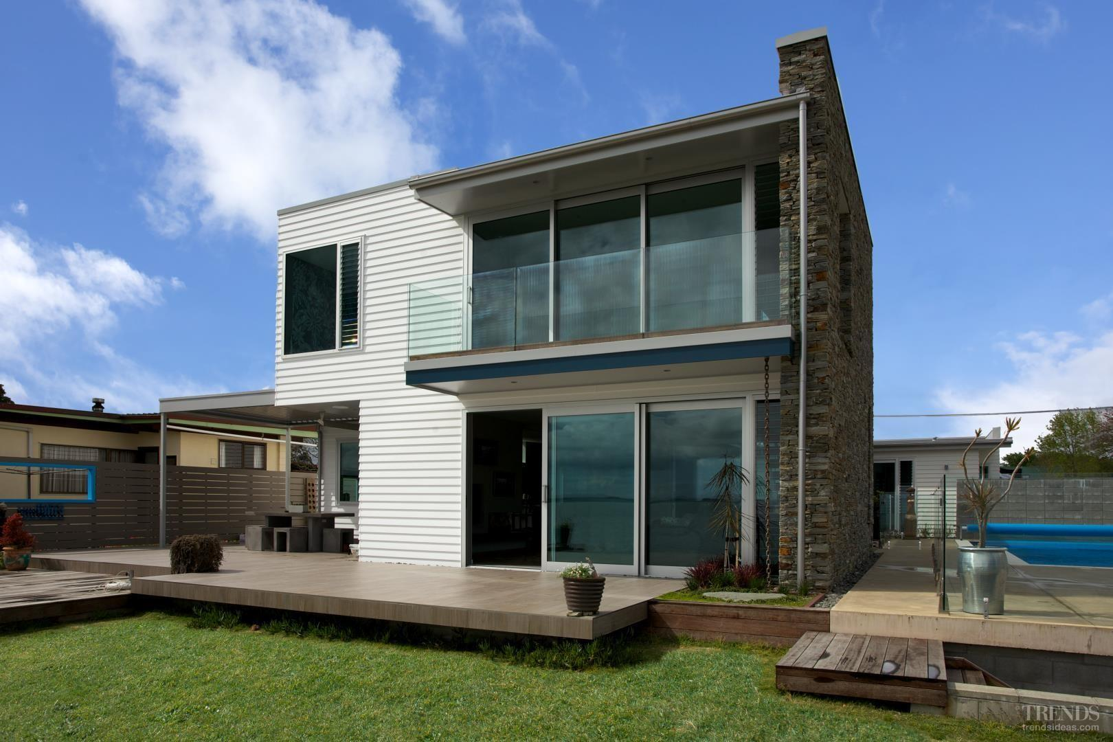 28 Clever Contemporary Beach House Weatherboard Cladding That Abound With Elegance And Refinement Beautiful Decoratorist