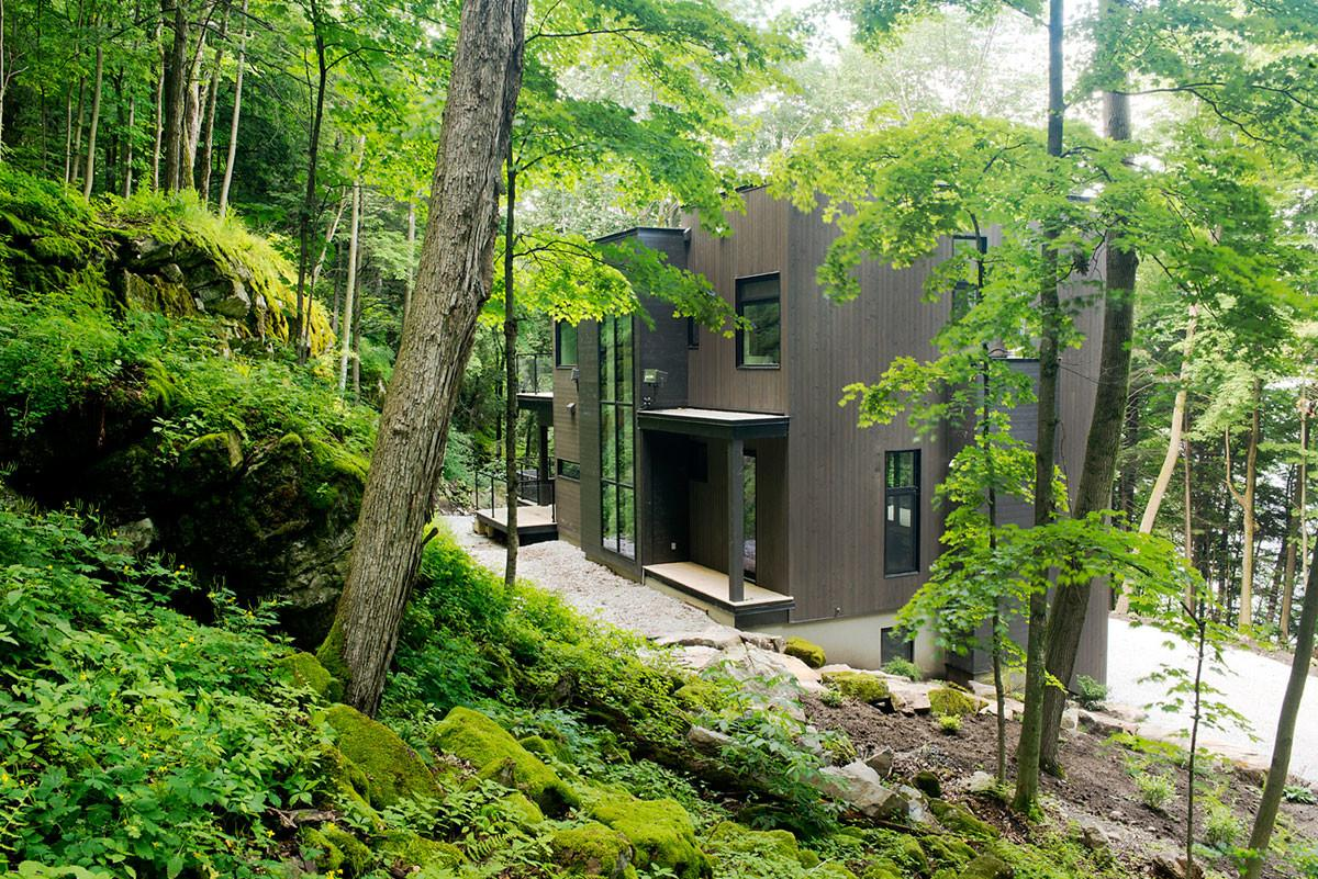 Contemporary Cottage Quebec Boom Town Homedezen