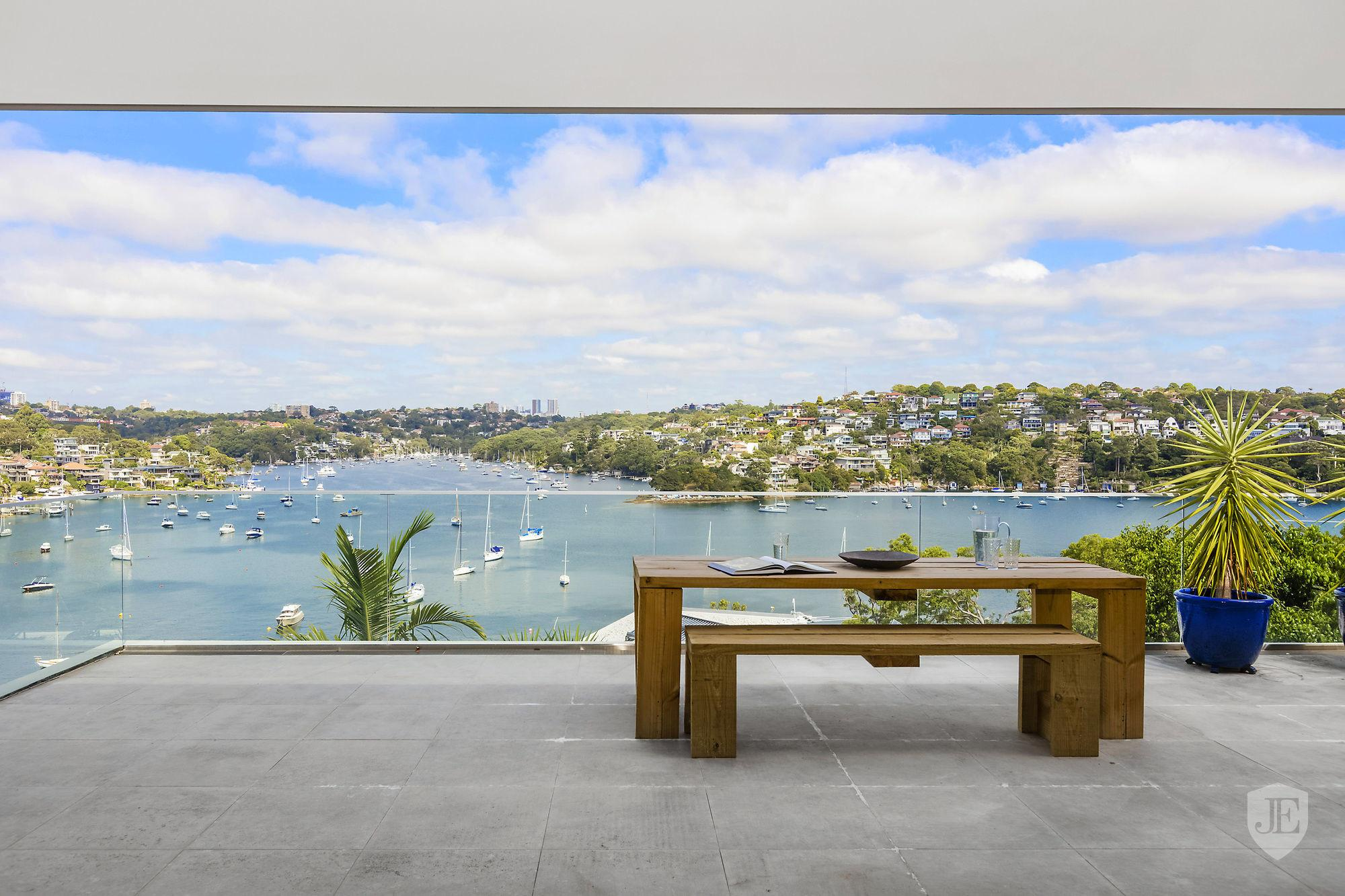 Contemporary Family Home Stunning Views Sydney