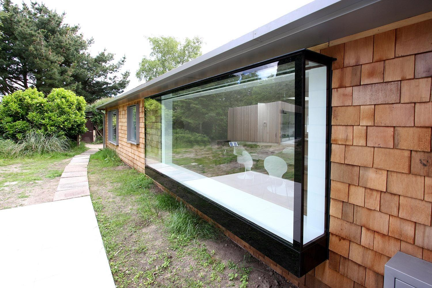 Contemporary Glazing Oriel Windows