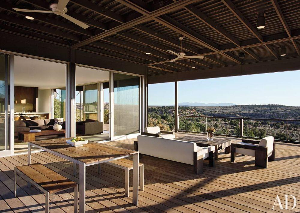 Contemporary Outdoor Space Marmol Radziner