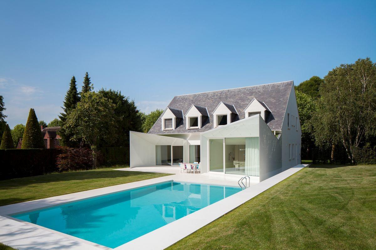 Contemporary Renovation Near Brussels Belgium