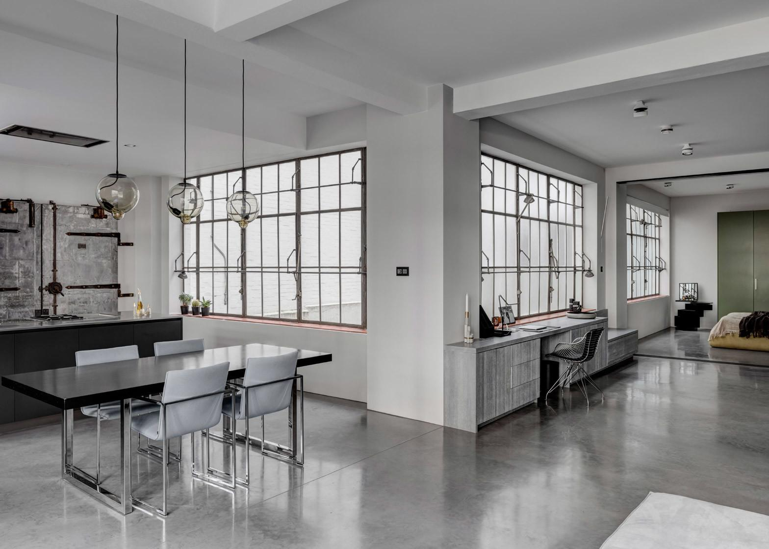 Converted Warehouse Apartment London Goes Heavy
