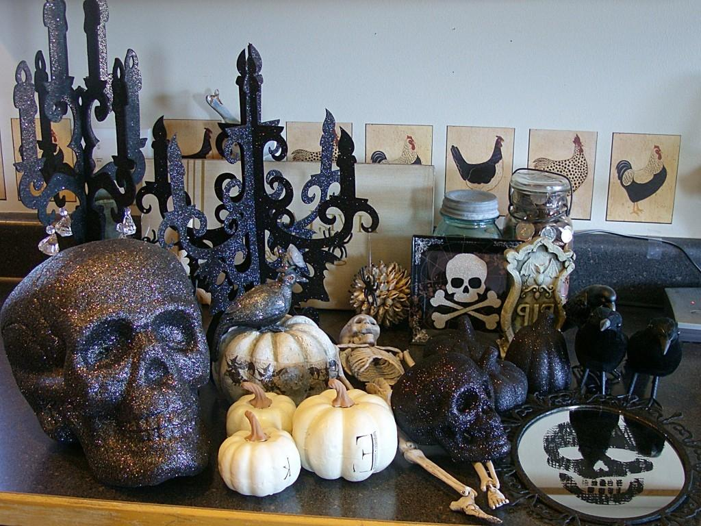 Cool Black White Halloween Decorations Ideas Magment
