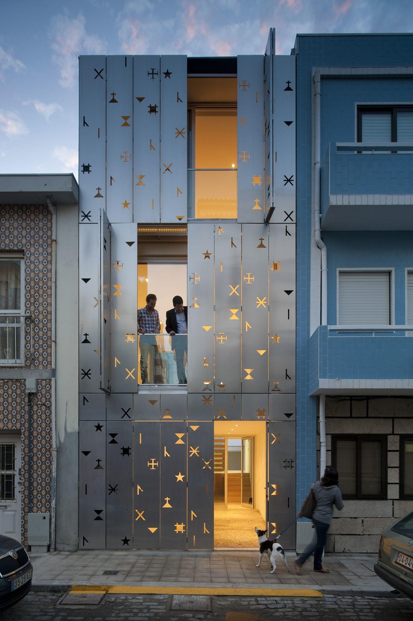 Cool Building Facades Featuring Unconventional Design