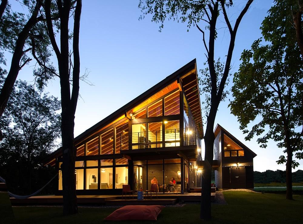 Cool Lake Home Designed Enjoy Views Create Art