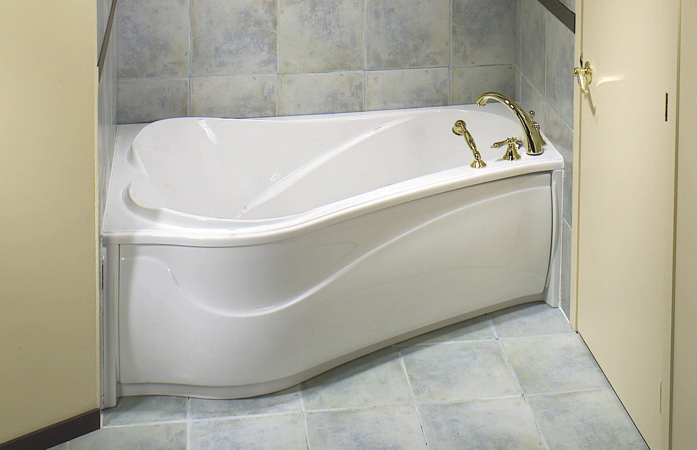 Corner Soaking Tub Small Bathroom Space Unique