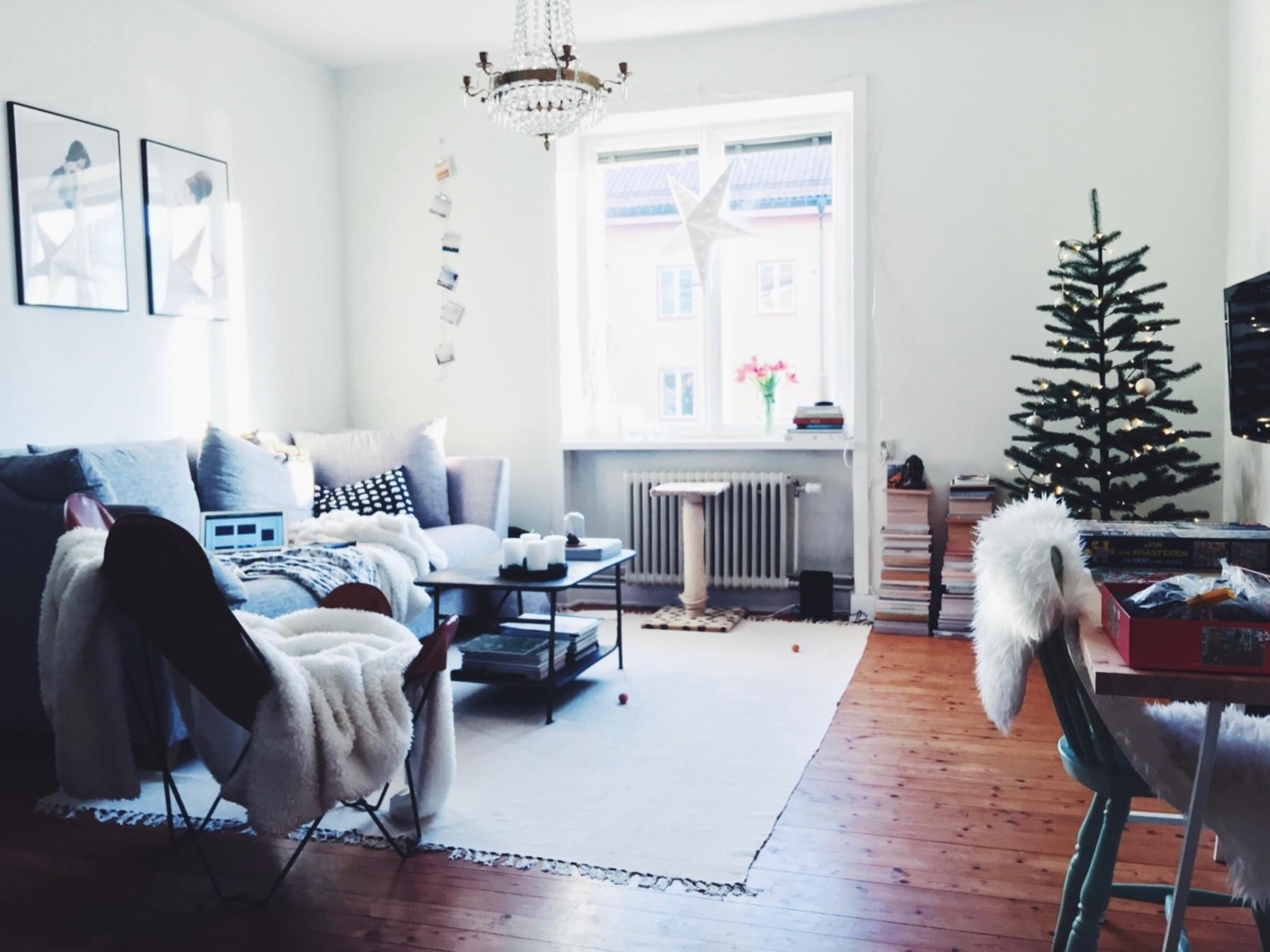 Cozy Nordic Holiday Decorating Small Living Love Live
