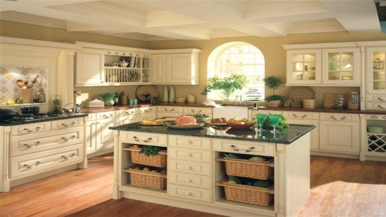 Cream Colored Kitchen Cabinets Italian Looking Kitchens