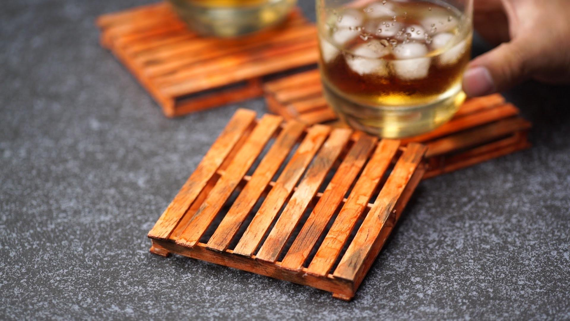 Create Tiny Wooden Pallet Coasters Diy Home