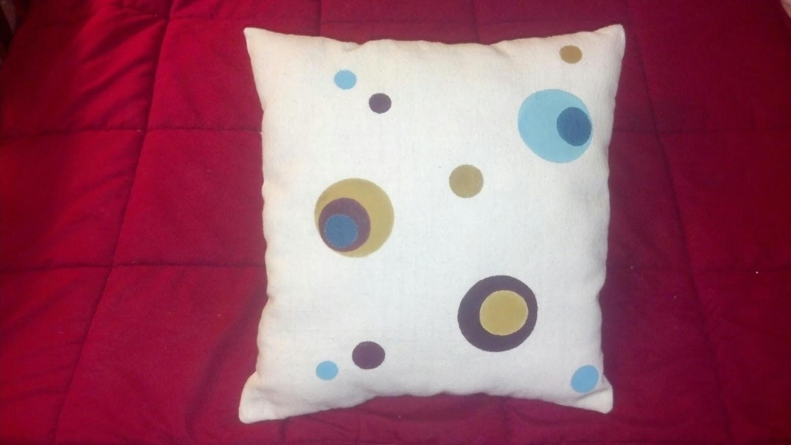 Creative Insomnia New Artistic Painted Pillow