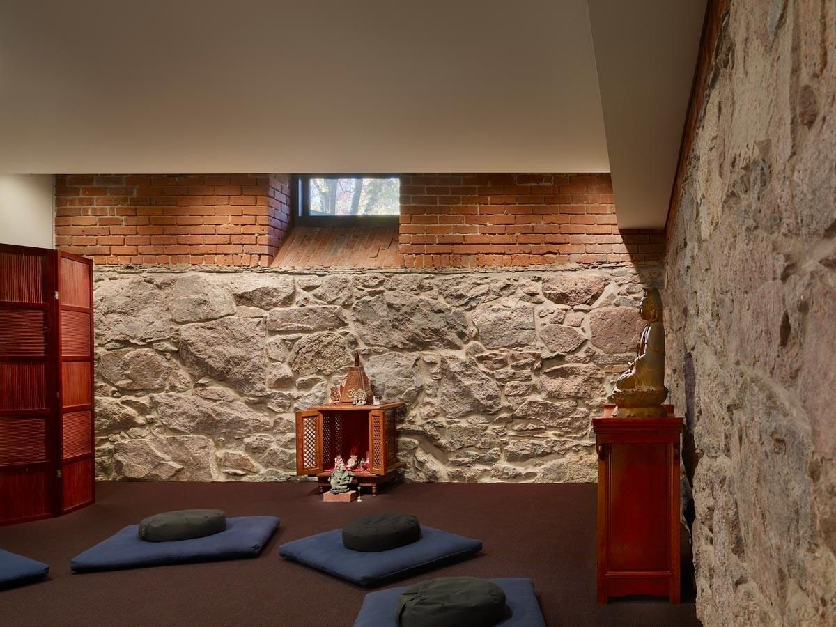 Creative Meditation Room Color Schemes Stone Wall
