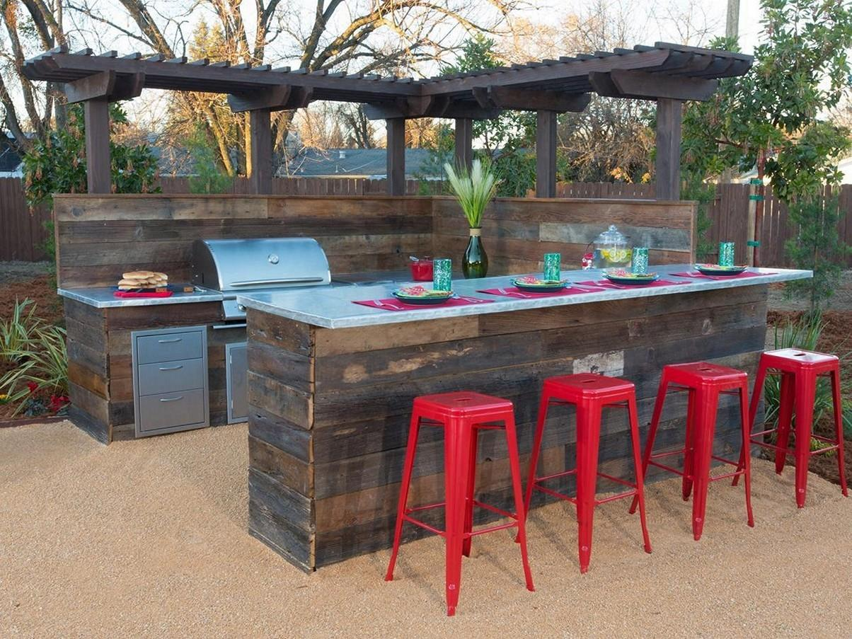 Creative Outdoor Bar Ideas Designs