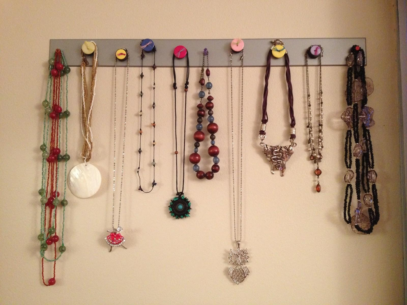 Creative Outlet Diy Magnetic Necklace Jewelry Holder