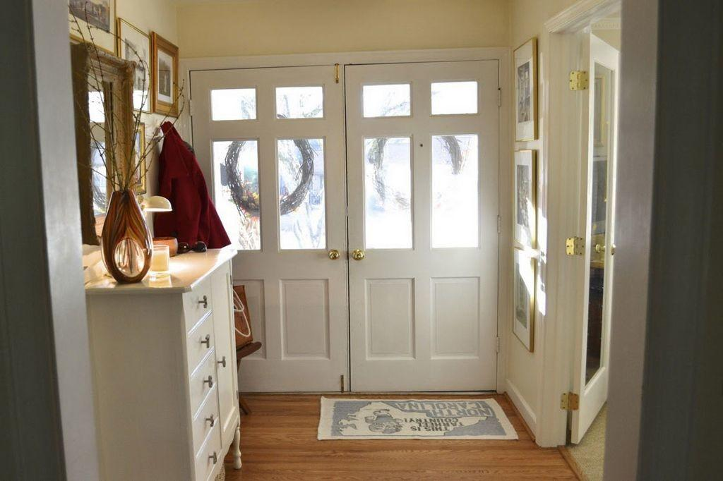 Creative Small Entryway Decorating Ideas Modern Home