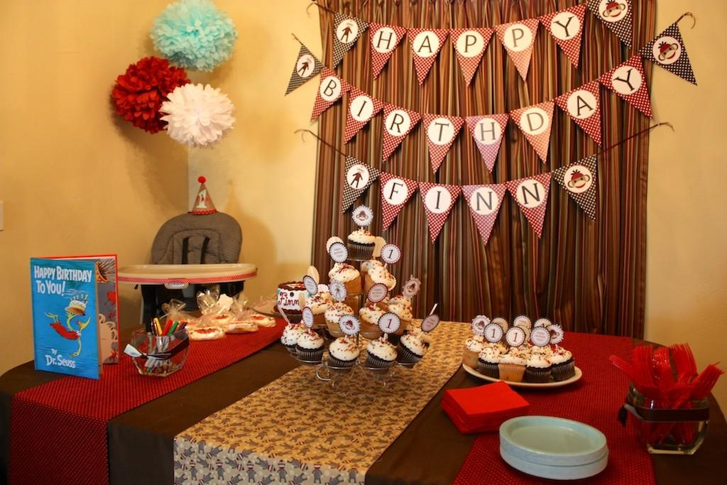 Creatives Ideas Create Birthday Table Decorations