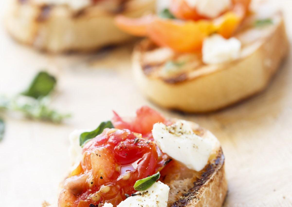 Crostini Heirloom Tomato Jam Ricotta Colavita