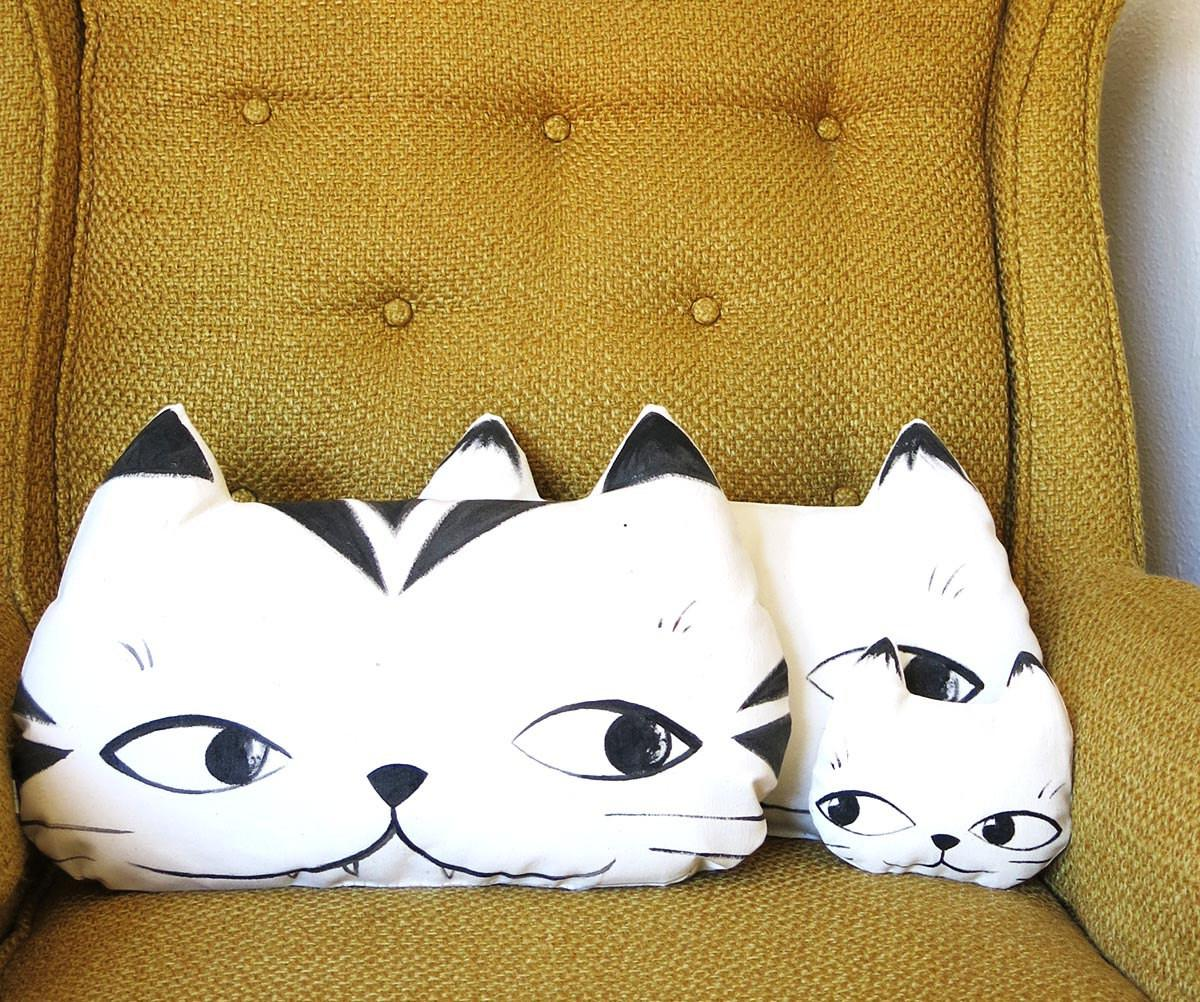 Custom Hand Painted Cat Pillow Family Guillaume Bilodeau