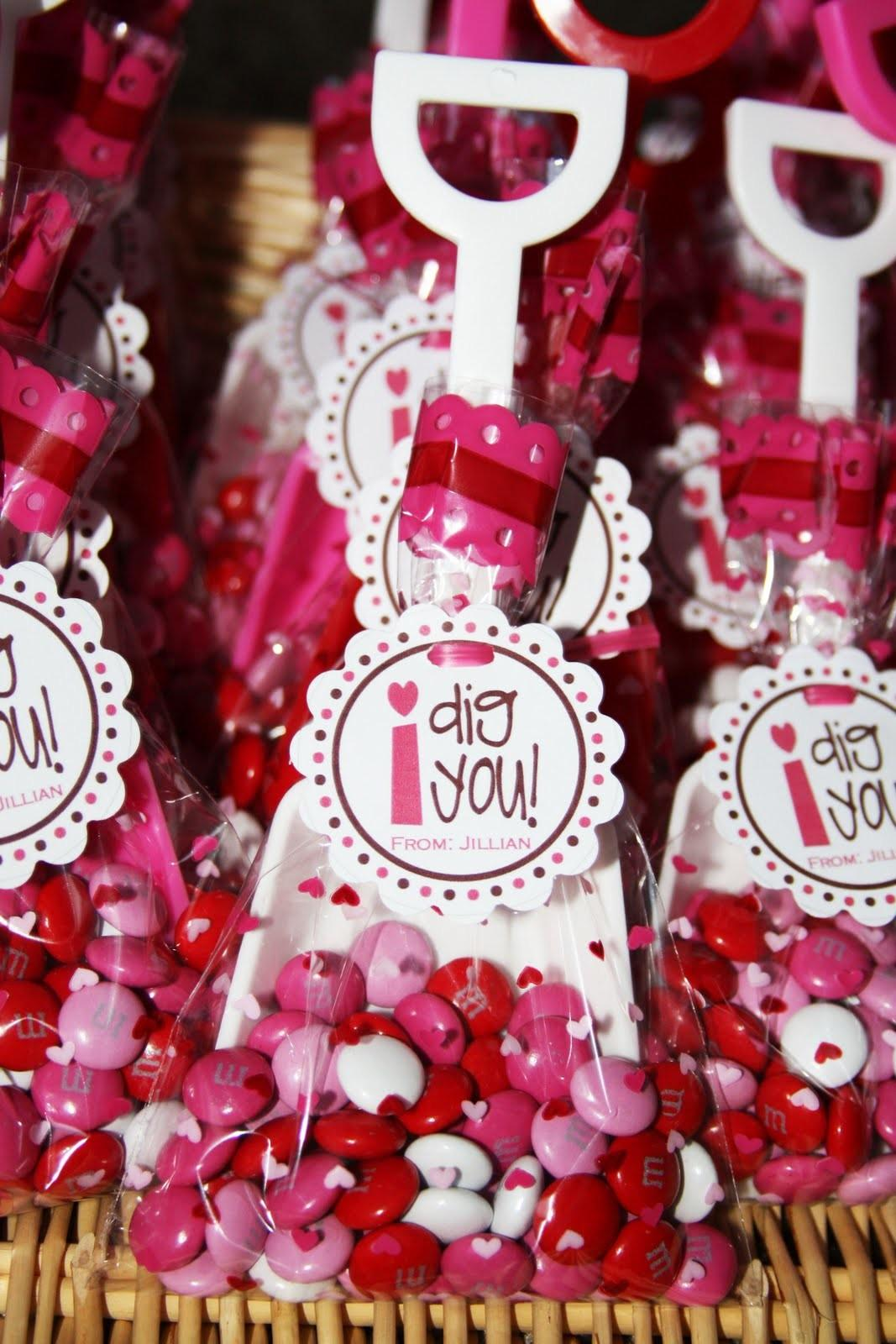 Cute Food Kids Valentine Day Treat Bag Ideas