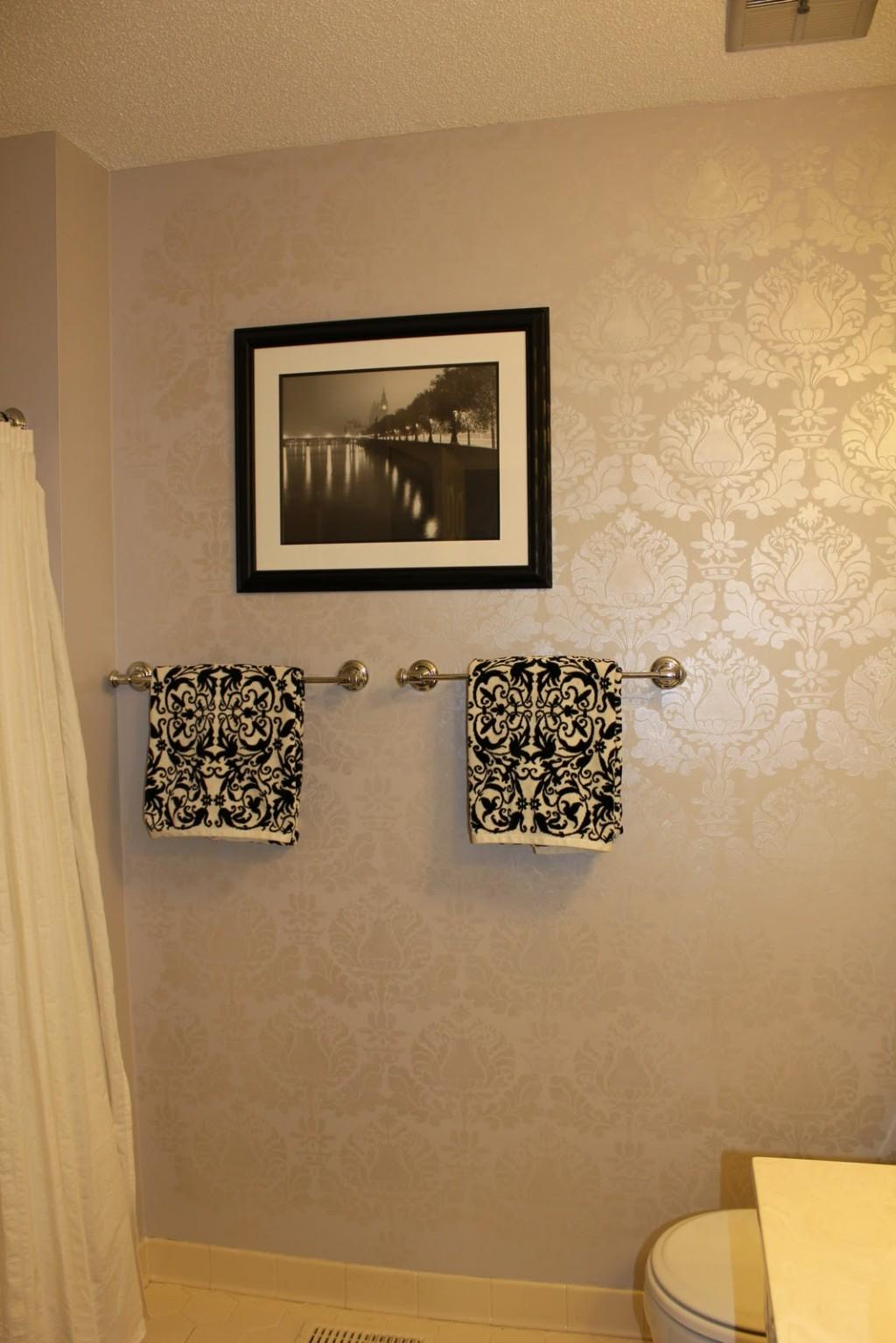 Damask Wall Stencil Painting Luxury Pearl White