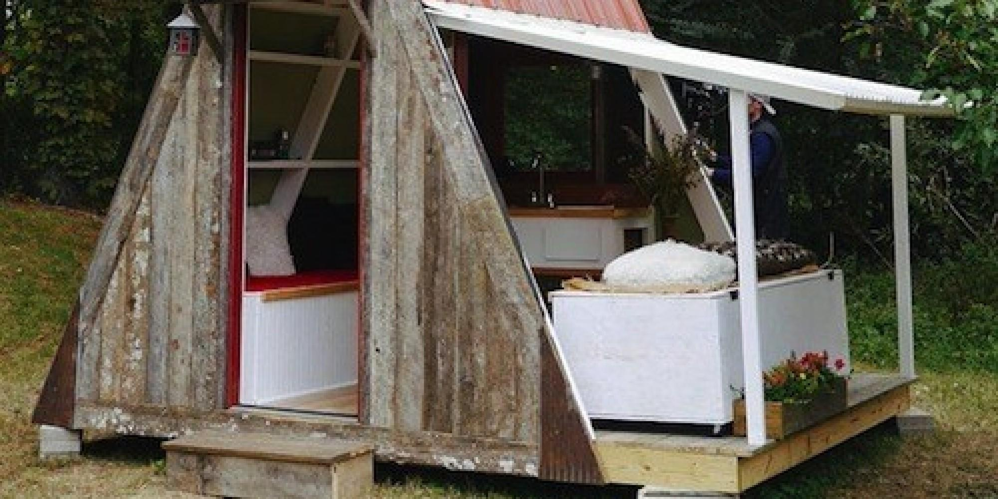 Damn Simple Tiny House Costs Just 200 Build