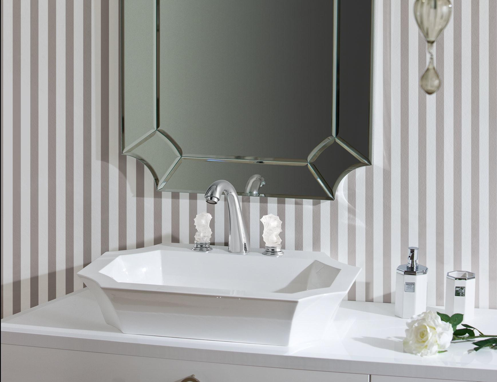 Daphne D15 High End Bathroom Vanity White Lacquer Wood