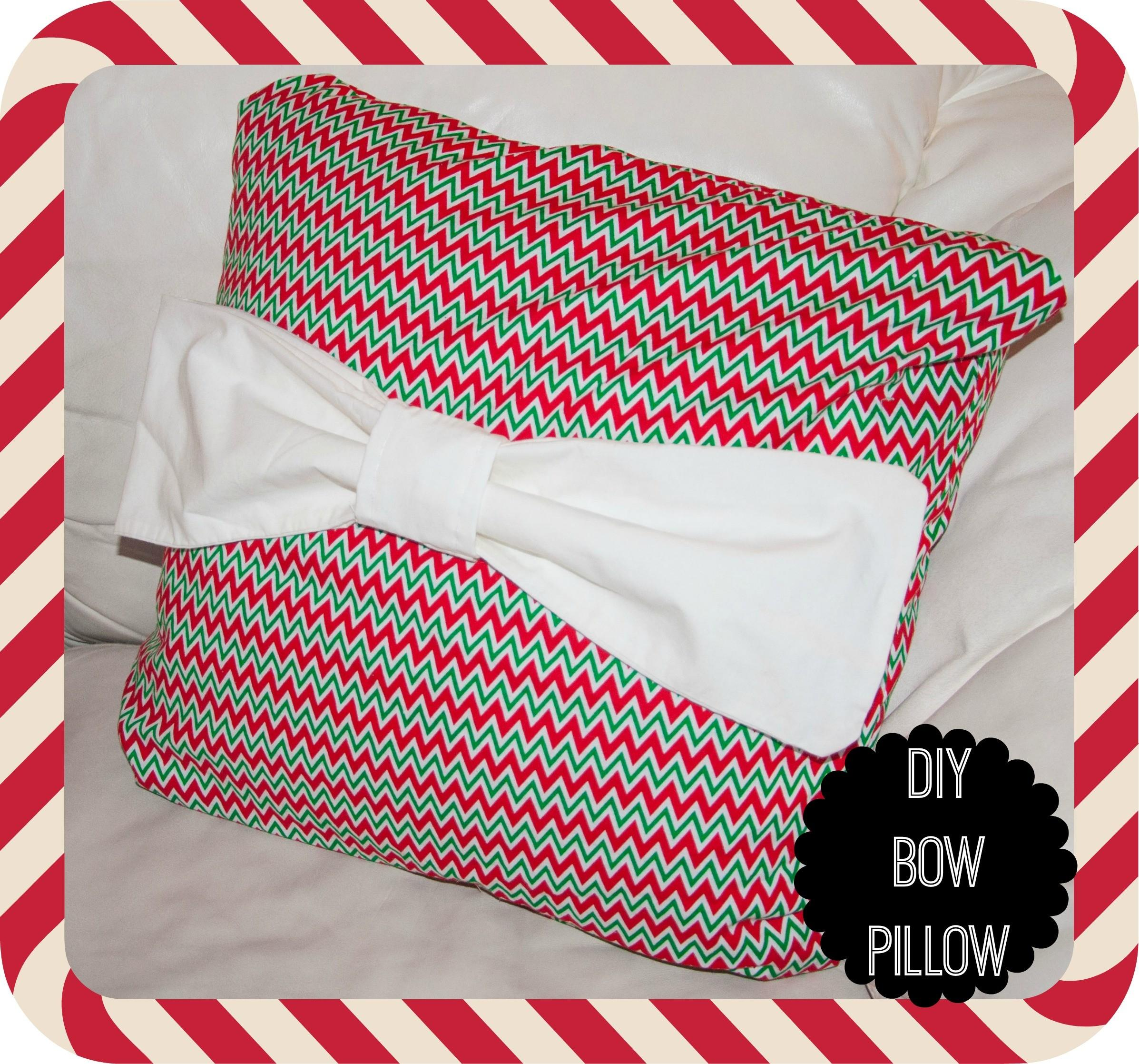 Days Christmas Crafts Day Bow Pillow