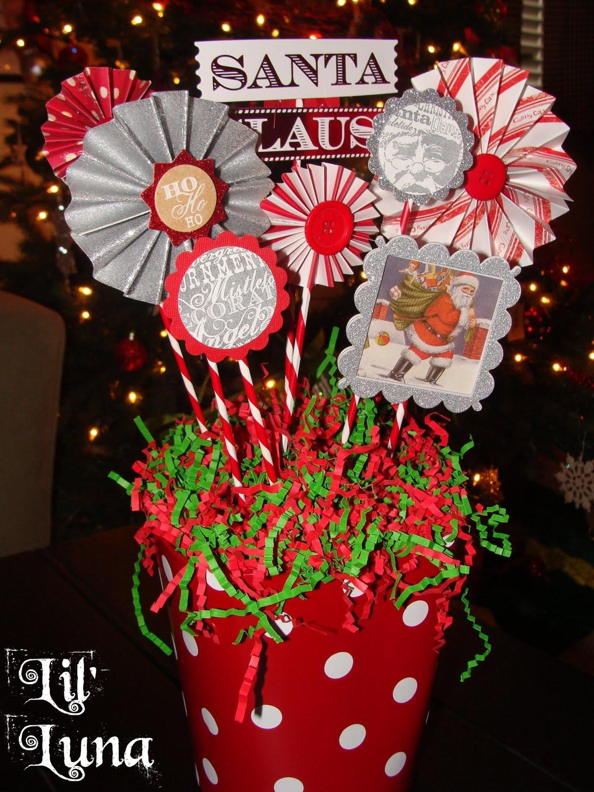 Deck Holiday Diy Christmas Paper Centerpiece