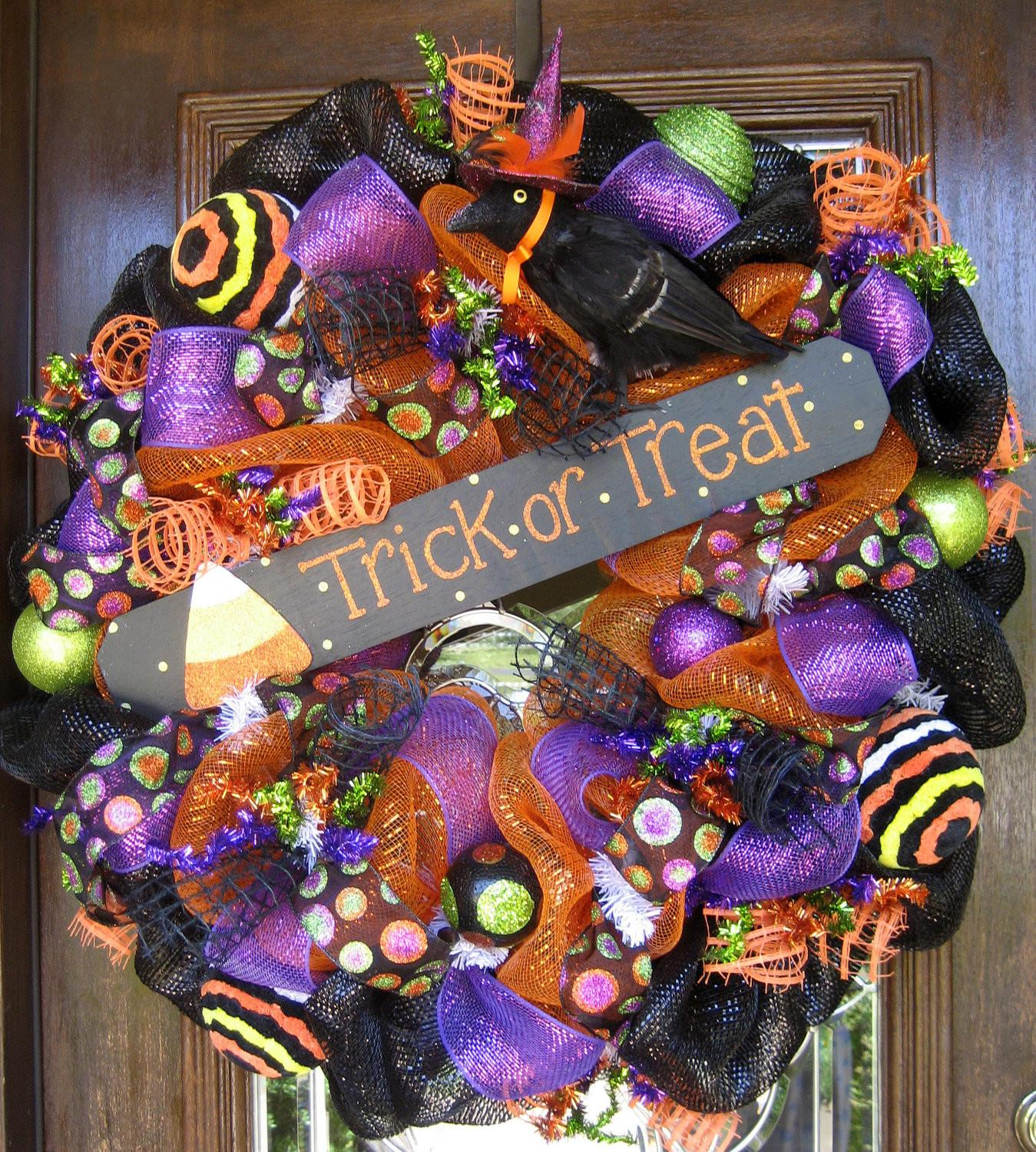 Deco Mesh Trick Treat Halloween Wreath