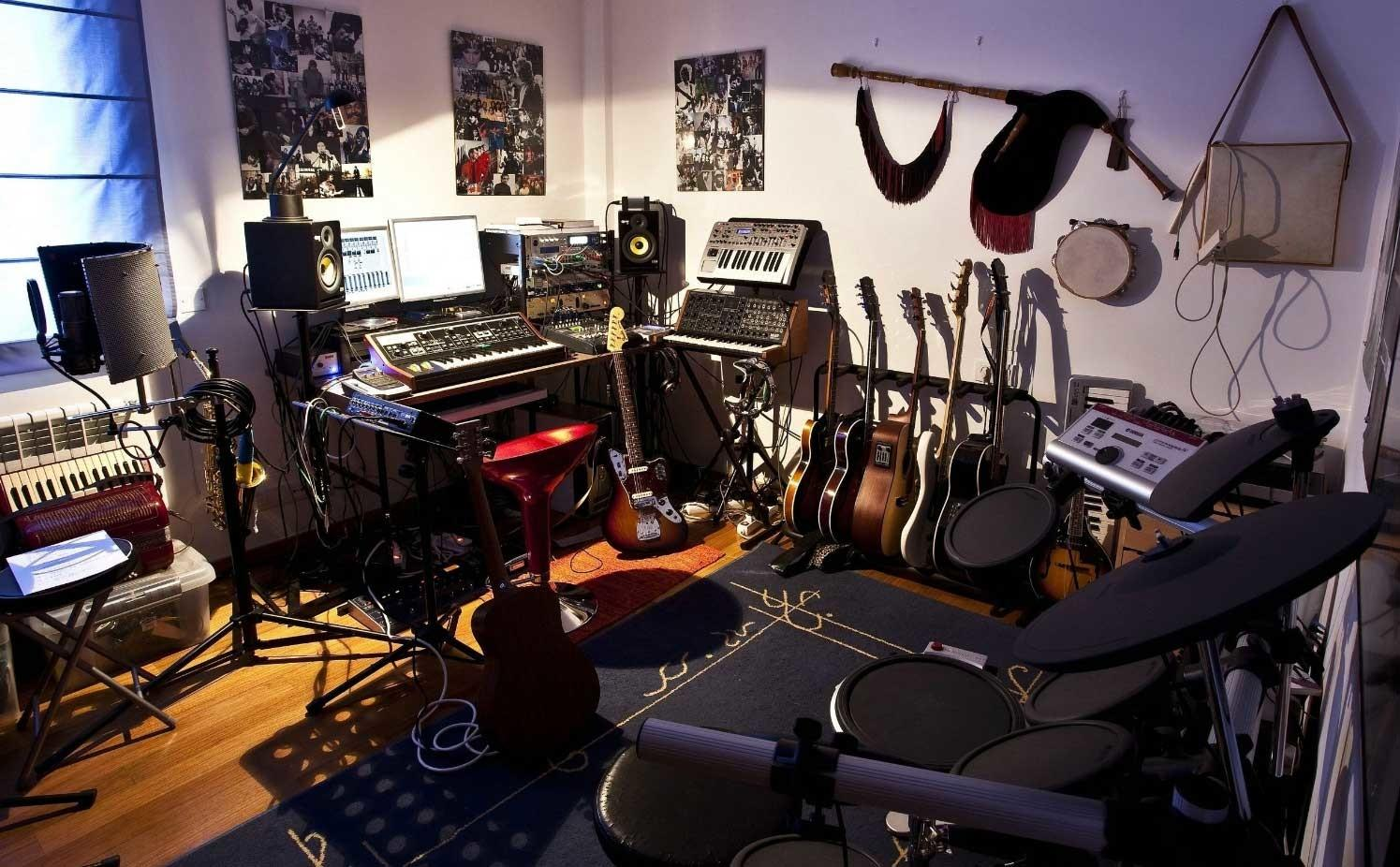 Decorate Music Room Small Space Ideas Home