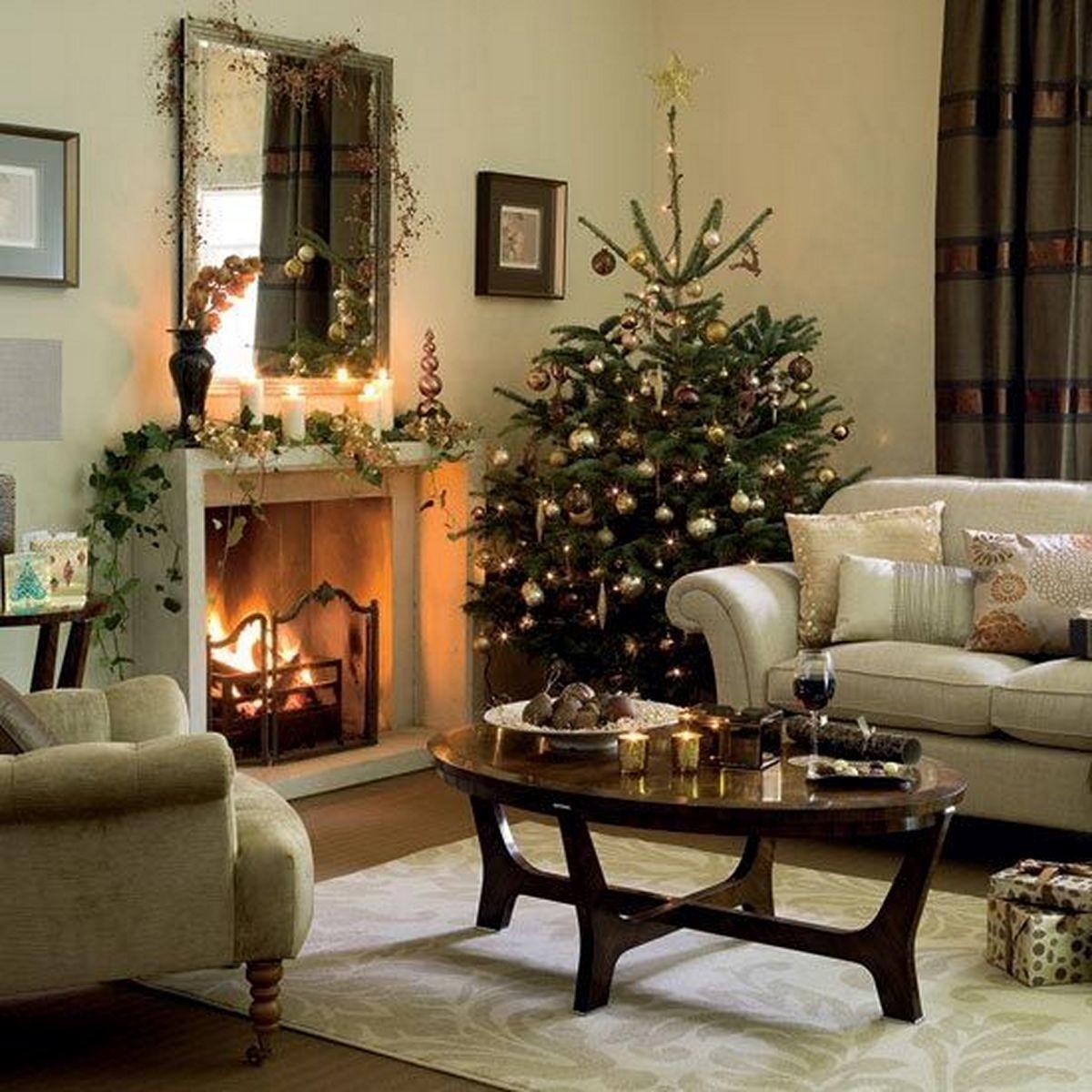Decorate Small Living Room Christmas