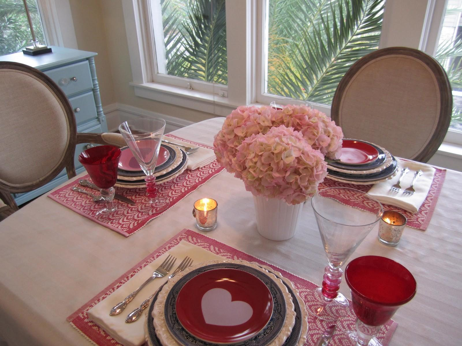 Decorate Your Dining Table Inspirational Ideas