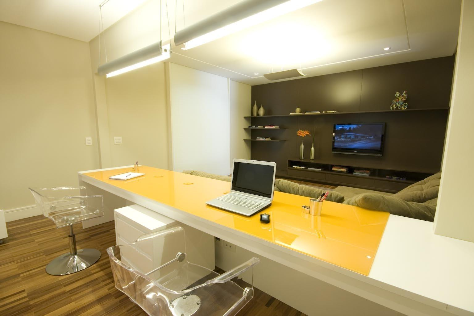 Decorate Your Modern Home Office Yellow Theme