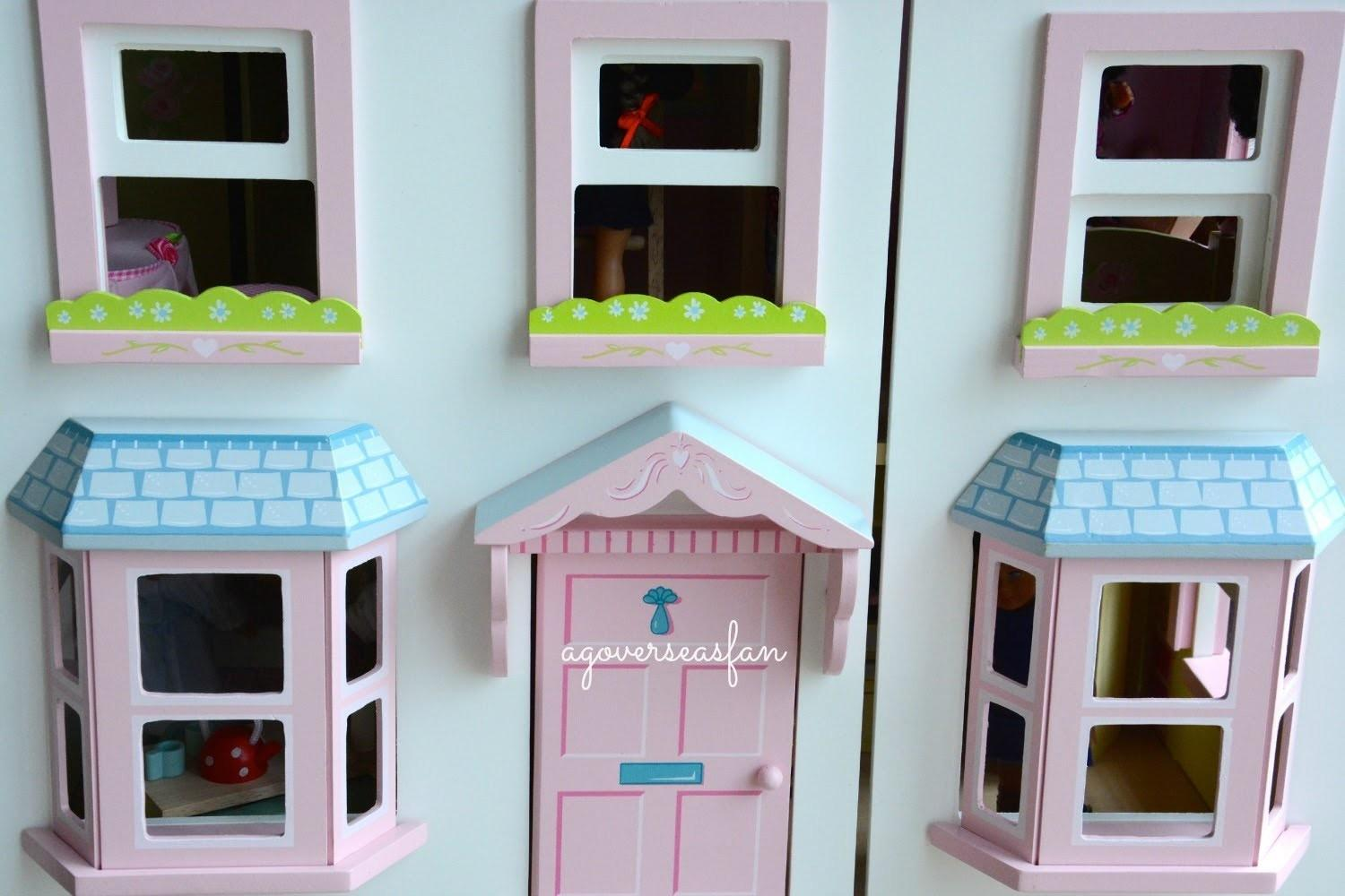 Decorating American Doll House Make