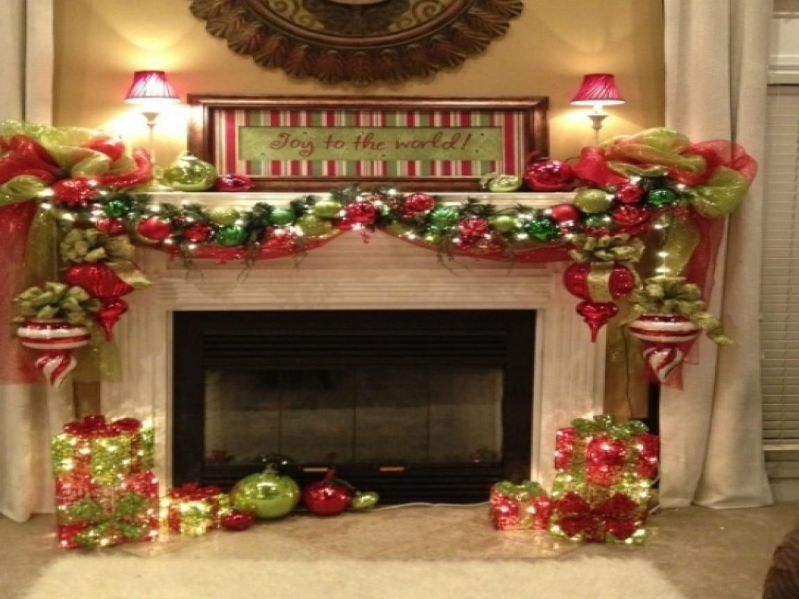 Decorations Small Rooms Fireplace Christmas