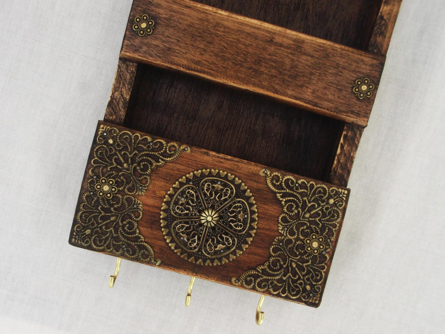 Decorative Rustic Mail Holder Key Rack Wooden Wall