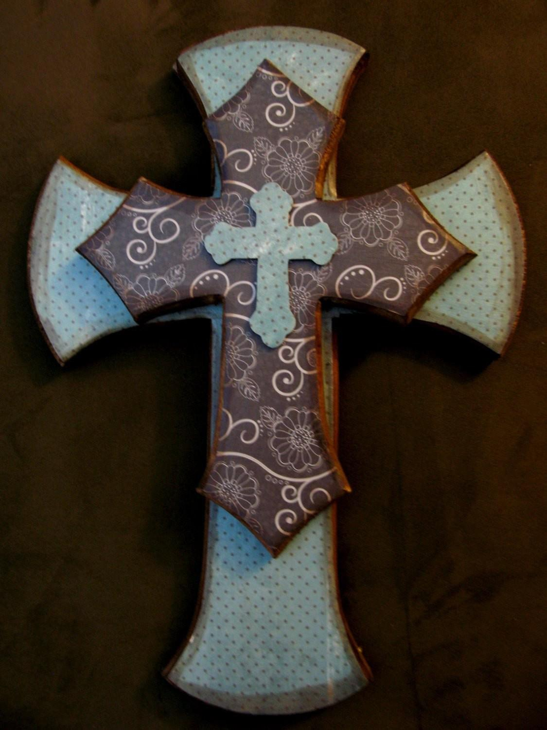 Decorative Stacked Cross Wall Hanging Shipping