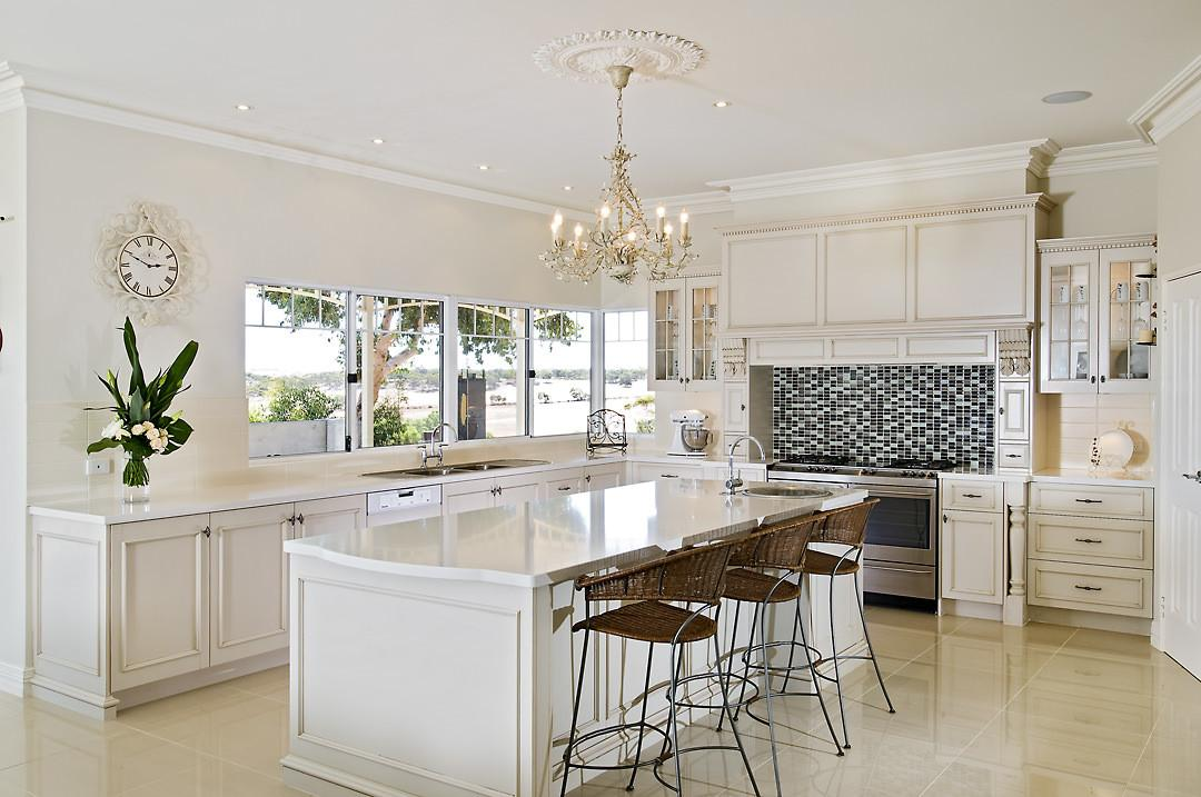 Design Features Hamptons Style Kitchen Maker