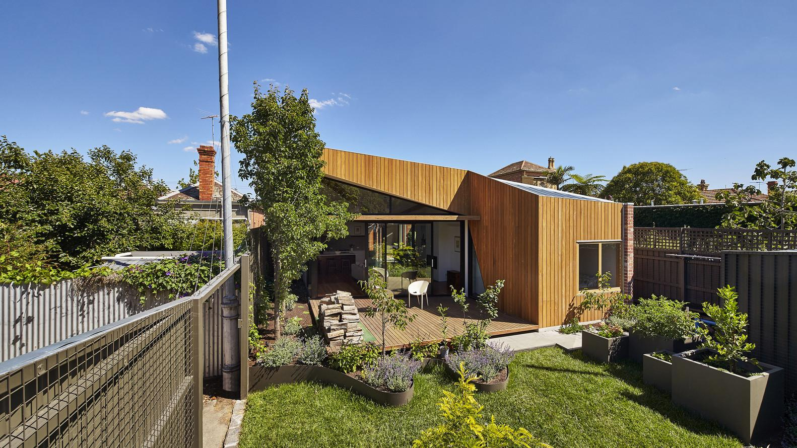 Diagonal House Benefits Sunny Aspect Lucky