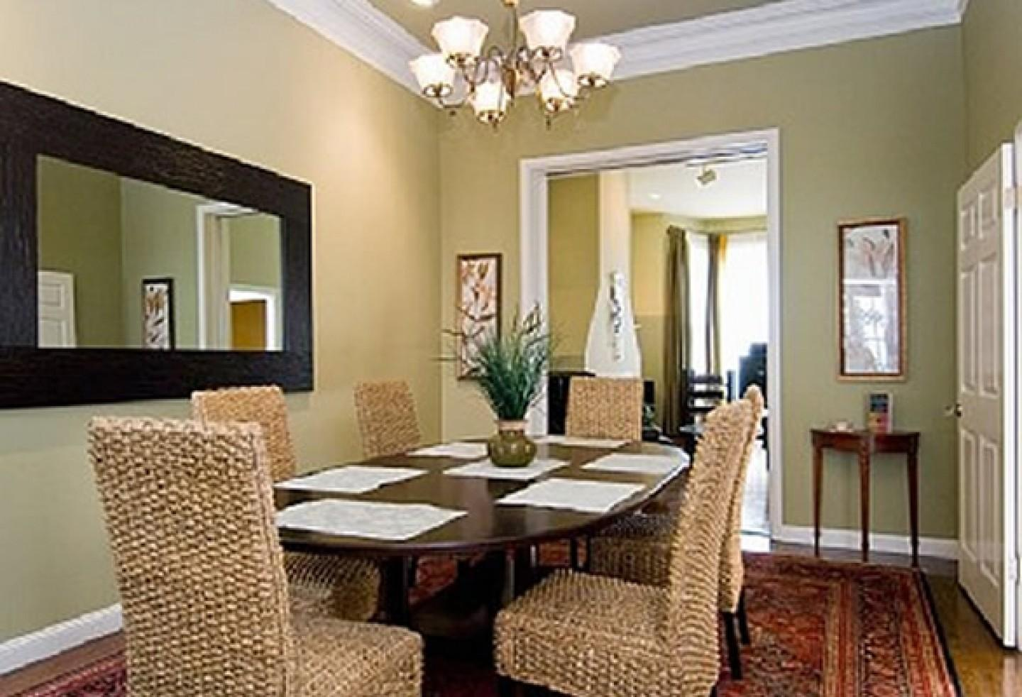 Dining Room Decor Ideas Modern Chandelier Accent Table