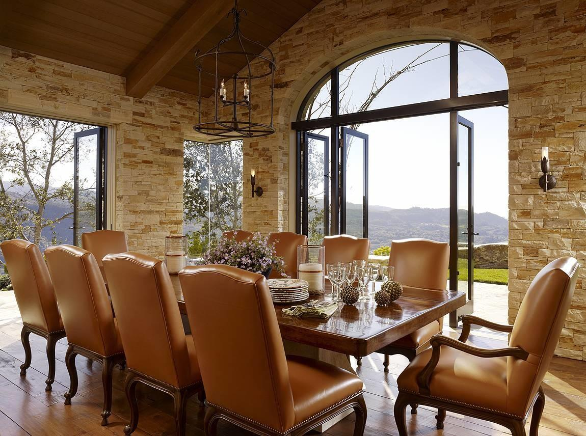 Dining Room Design Stacked Stone Wall Vaulted Ceiling